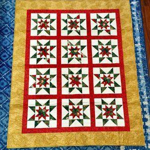 Quilt NWOT  Christmas or HolidayTheme, Hand made